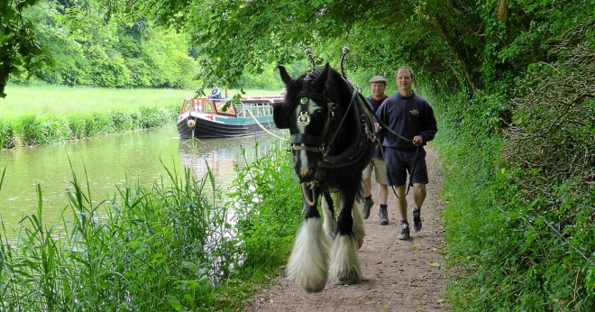 Horse drawn Barge on Kennet and Avon canal
